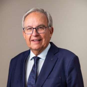 Carlos E. González